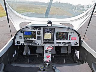 Cockpit PS 28 Domergue Aviation